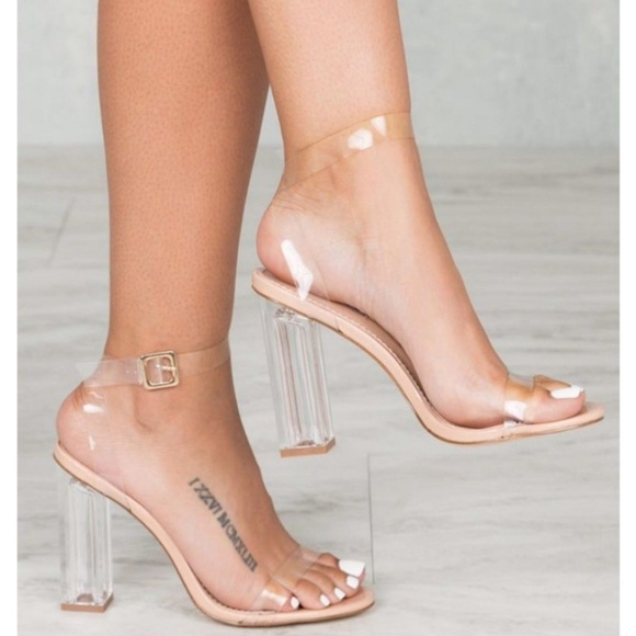 d9b92272f91 NEW Cape Robbin Maria-2 Lucite Clear Strappy Heels